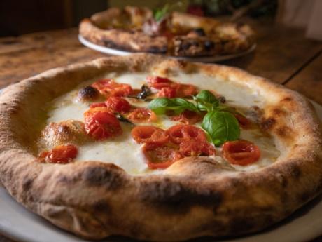 Pizza Gourmet Regina da Pizza Grill & Maccaroni, Arta Terme