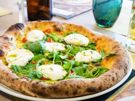 Pizza alla fonte, Pizza, Grill & Maccaroni