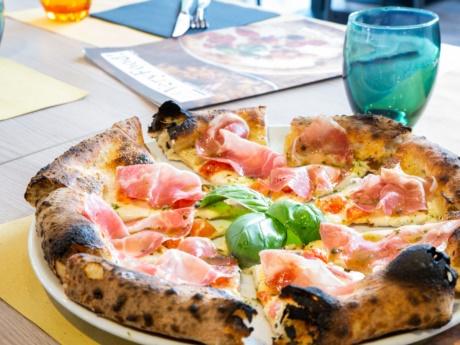 Gourmet regina e capocollo Pizza Grill & Maccaroni, Arta Terme